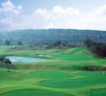 ITC Grand Bharat - Campo de Golf 1