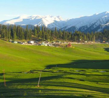 Khyber Himalayan Resort - Campo de golf 2