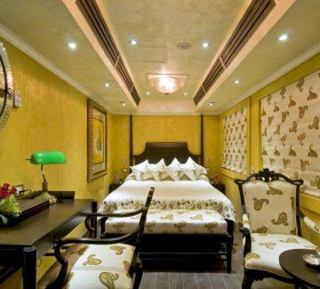 Royal Rajasthan sobre ruedas - Deluxe Saloon Pearl