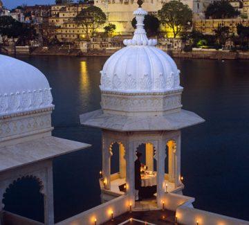 Taj Lake Palace Udaipur - Terraza Mewar