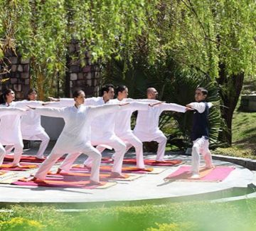 Yoga - Ananda Himalaya