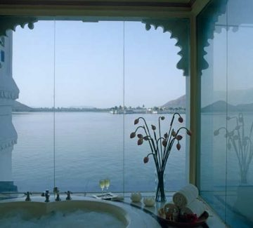 Taj Lake Palace Udaipur - Jagtarang Suite