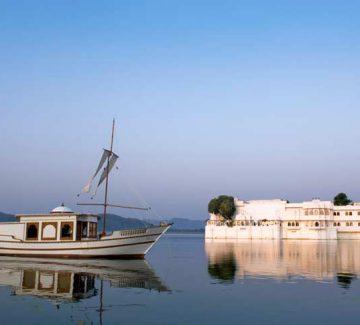 Taj Lake Palace Udaipur - Royal Spa Boat