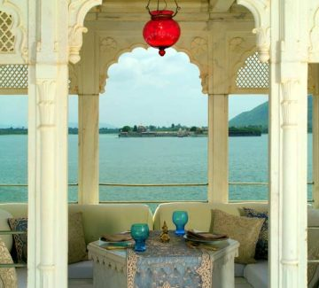 Taj Lake Palace Udaipur - Terraza hacia Sajjan Niwas